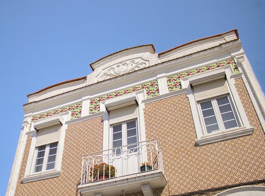 Demolição de fachadas com azulejos está proibida em todo o país